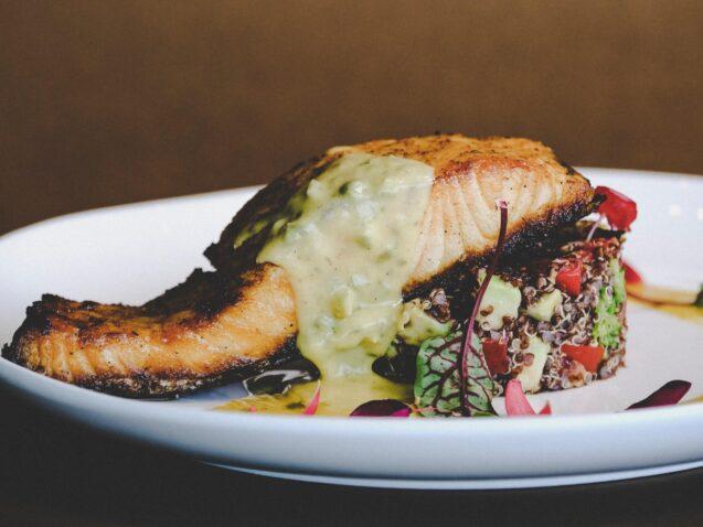 Local Dining, Washington Woodland Estate